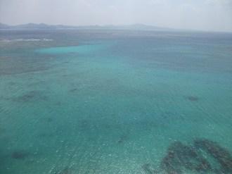 リゾネックス名護 ホテル前に広がる海
