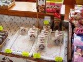 クニガミドーナツ販売コーナー