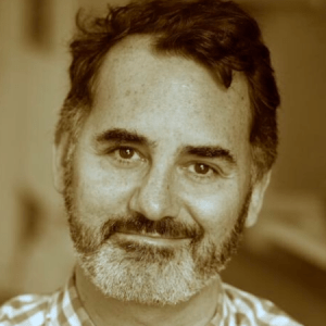 David Caparelliotis headshot