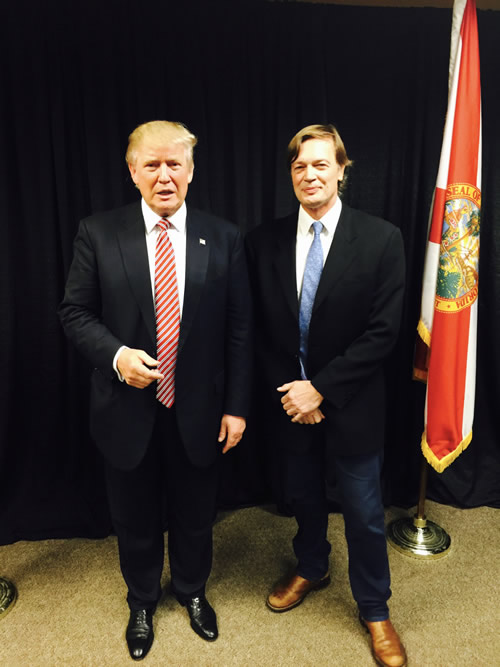 Donald Trump and Andrew Wakefield. This picture should scare you. The two met in August. Now that Trump is President-Elect, how much influence will antivaxers have in the impending Trump administration? Oh, and this is the best outfit Andrew Wakefield could come up with to meet with a major Presidential candidate?