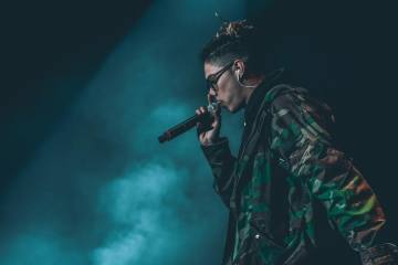 William Singe Releases 2017 Rap Medley Cover