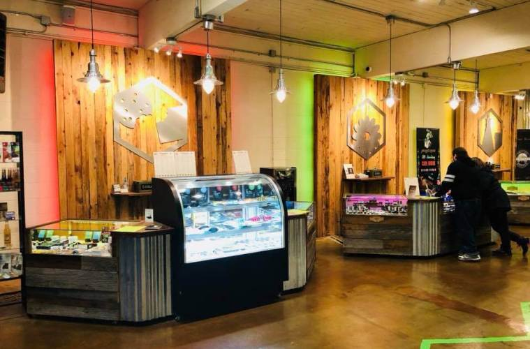 Evergreen Market Budtenders Are Paving The Way For Quality Cannabis Experiences