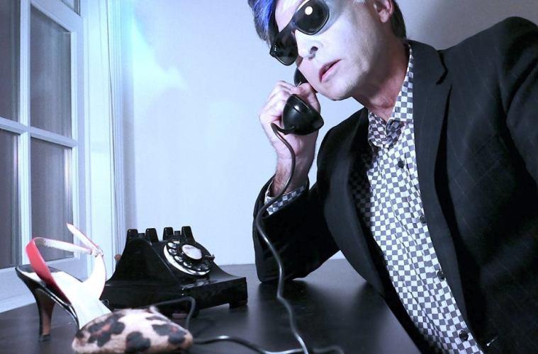 "Les Techno Drops Catchy 80's-Esque Garage Rocker Single ""Come Along"""