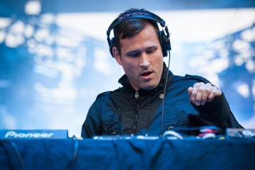 Kaskade Involved In Legal Battle Over LA Dispensary With His Name On It