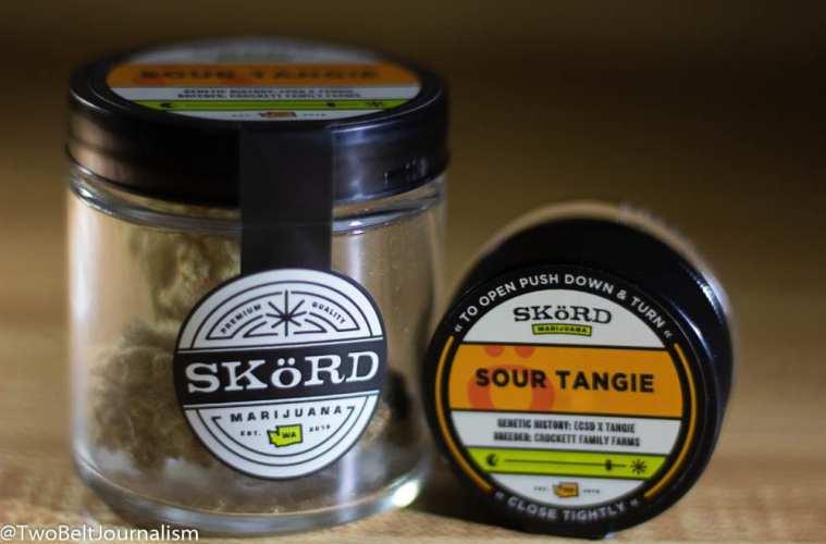 Sour Tangie strain