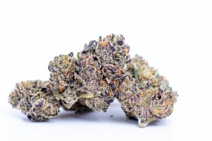 The White Runtz Strain Is One Of The Hottest Cannabis Brands For A Reason