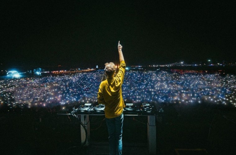 "RL Grime's High Energy Remix Of ""In Your Head"" By G Jones Satisfies Your Craving For Bass"