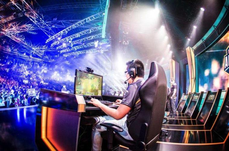 12 Esports Athletes, Influencers, And Streamers Who Are Shaping The Culture of Competitive Gaming
