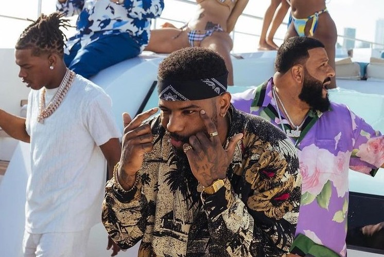 """DJ Khaled Parties On A Yacht With Lil Baby, Roddy Ricch, And Bryson Tiller For """"Body In Motion"""""""