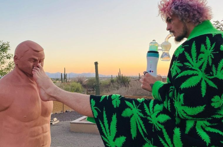 Dr. Dabber Announces the First Active Cannabis Brand Professional UFC Team