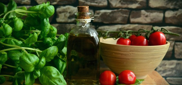 Why Hasn't the Mediterranean Diet Gained Widespread Popularity Yet?