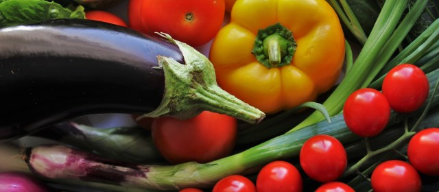 The Impressive Benefits of a Naturally Colorful Diet""