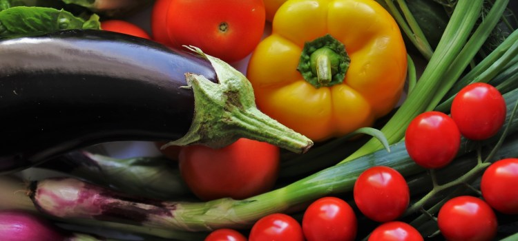 """The Impressive Benefits of a Naturally Colorful Diet"""""""