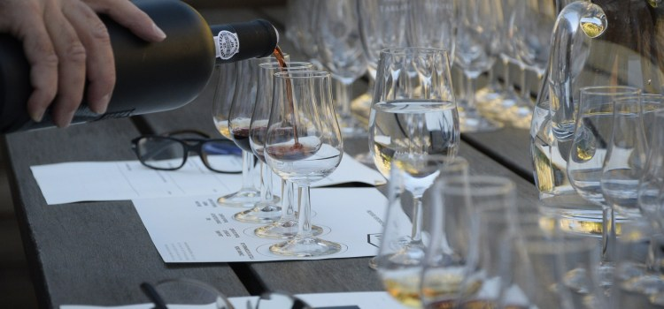 Basic Tips for Talking and Tasting Wine