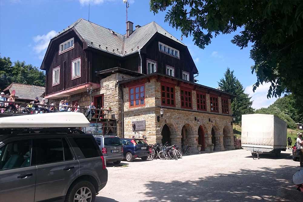 Veľká Javorina - odporúčané turistické trasy/ cyklotrasy