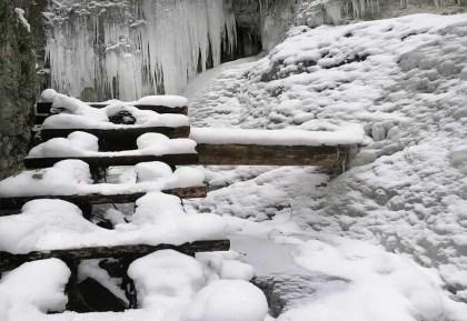 Piecky: Zimný prechod Slovenský rajom