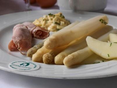 Terlaner Spargeln - Restaurant Weingarten