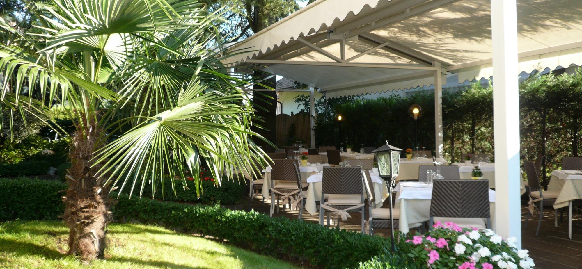Terrasse Restaurant Weingarten Terlan