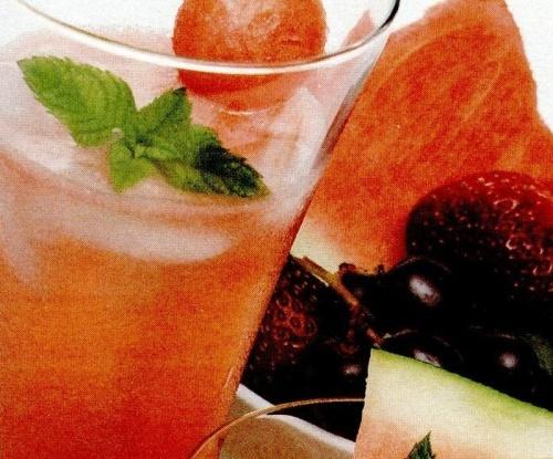 Cocktail cu pepene