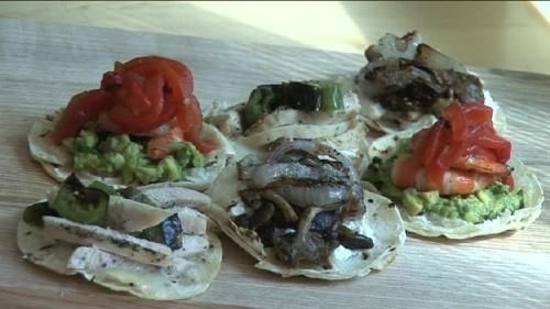 Cum se prepara Mini Quesadillas (video)