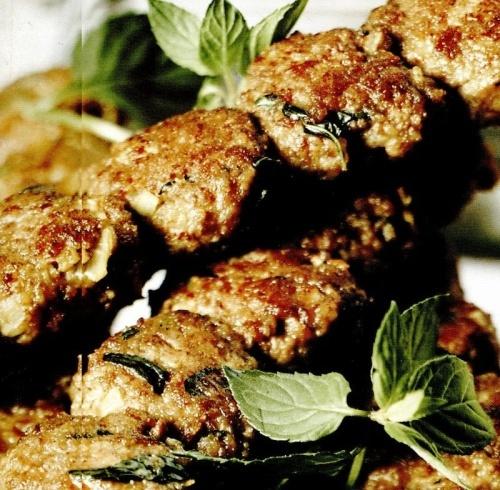 Frigarui turcesti cu carne tocata – Adana Kofte