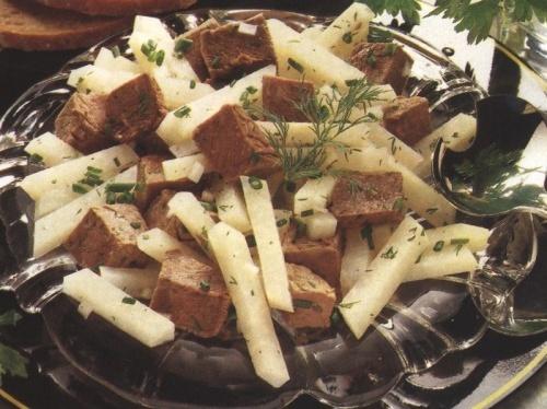 Salata de gulii cu cuburi de carne de vita