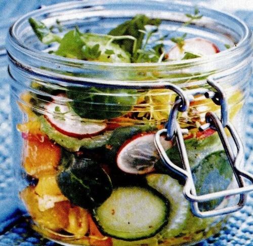 Salata la borcan