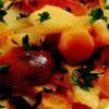Mâncare de legume şi prune