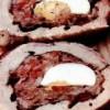 Ruladă din carne de porc cu oua şi legume