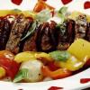Muschi de vitel cu salam si legume la cuptor