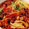 Spaghete Bolognese cu un delicios sos picant