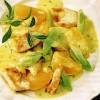 Pui la tigaie cu sos de curry