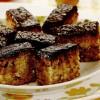 Prăjitură cu mere şi glazură de cacao