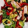 Salată cu pui si fulgi de migdale