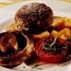 Chiftele de curcan cu roşii şi ciuperci