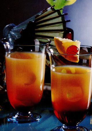 Cocktail Golden Rum Shake