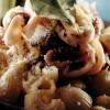 Salată de paste cu calmar si lamaie