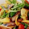 Salată de heringi cu ruccola