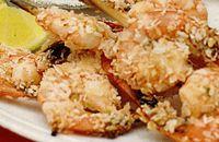 Creveti crocanti cu nuca de cocos