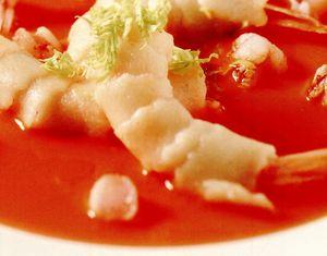 Supă-cremă de ardei cu creveti
