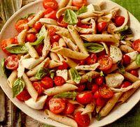 Rosii marinate si paste cu mozzarella