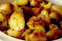 Cartofi crocanţi cu chilii şi usturoi