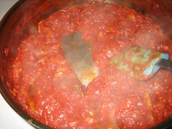 Salată de ardei copţi cu roşii
