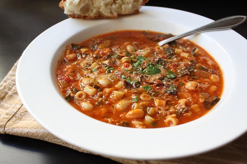 Cum se prepara Supa Minestrone (video)