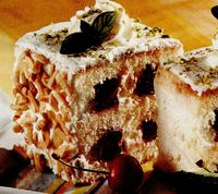 Prăjitură cu cireşe şi mentă