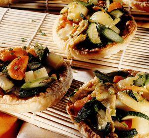 Coşuleţe din foitaj cu legume