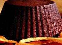 Prăjitură de ciocolată cu sirop de portocale