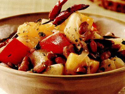 Salată de fasole uscată