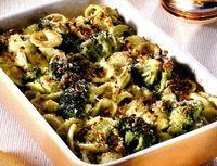 Budinca de broccoli cu paste si alune