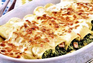 Cannelloni al forno umplute cu sos de spanac